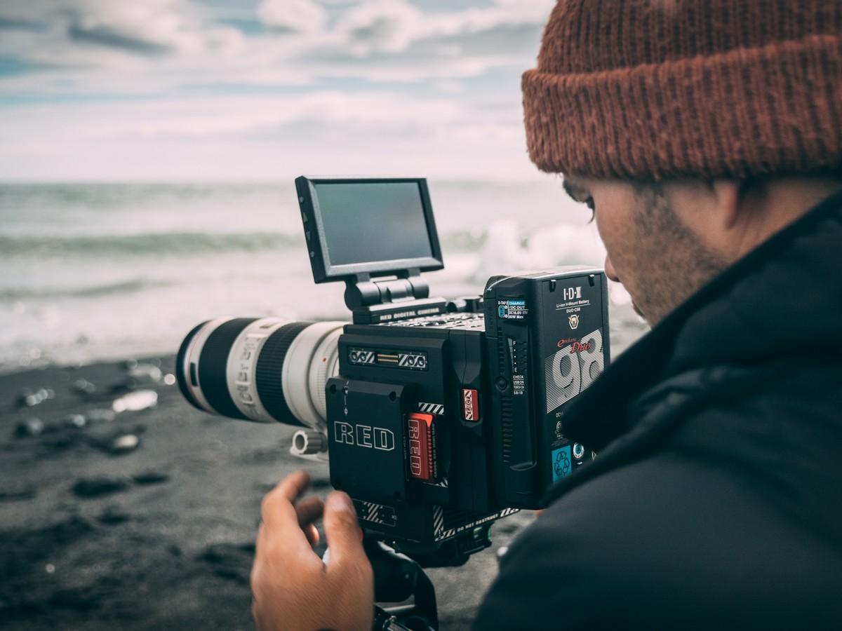 JC PIERI FORMATION PHOTO VIDEO CREER L'EFFET DARK EN PHOTO, L'AVENTURE SUR UN GLACIER EN ISLANDE